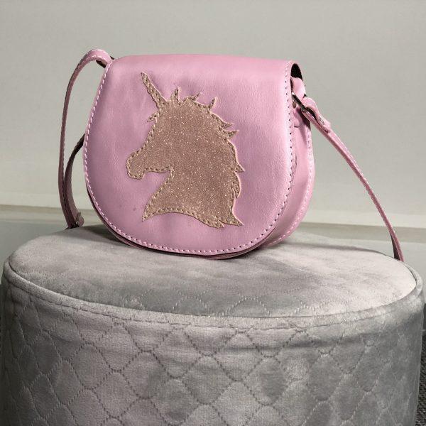 Posetuta Georgia girl- ponei si unicorn